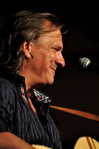 Jul 27 2011 - Ellis is coming to New York THIS weekend