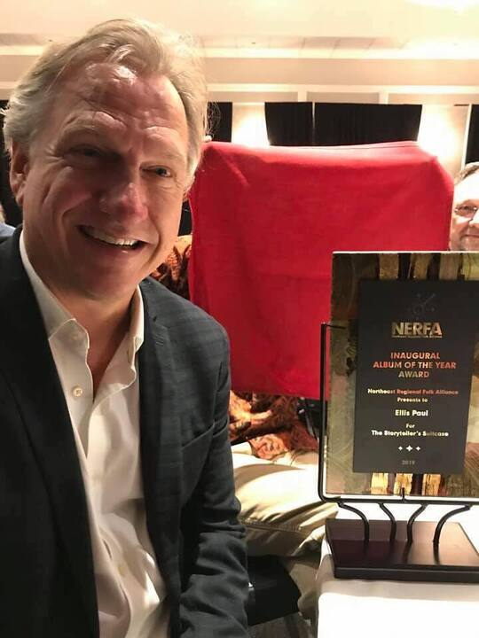 Ellis Paul accepts NERFA Award